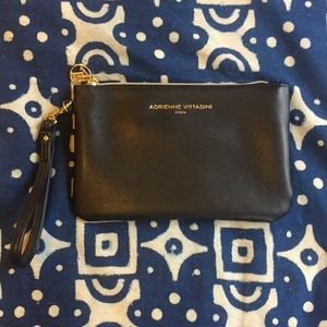 NWOT A Vittadini wristlet clutch w/ phone charger